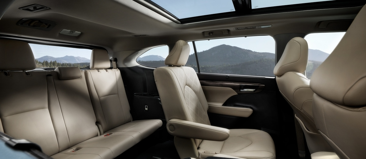 look inside the 2020 toyota highlander interior | elgin toyota