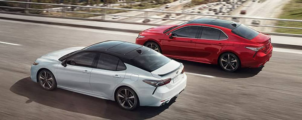 2019 Toyota Camry XSE models Metallic Black Roof and Spoiler Options