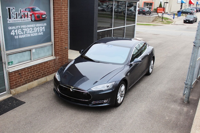 2014 Tesla Model S 85 - FULL PILOT Sedan