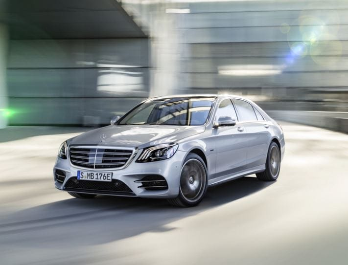 New Mercedes-Benz S560e Is Electrifying