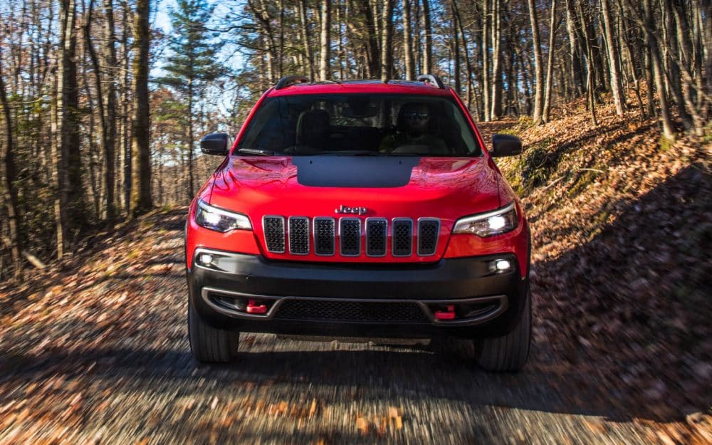 2019 Jeep Cherokee Red Exterior Front View