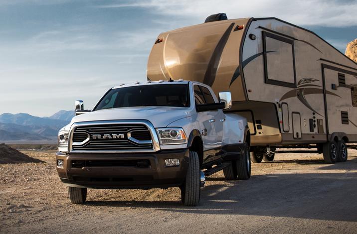 2018 Ram 3500 Heavy Duty Front Hauling Exterior