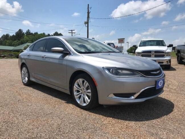 2015 Chrysler 200 4dr Sdn Limited FWD Car