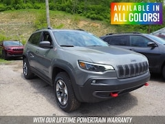 New  2019 Jeep Cherokee TRAILHAWK 4X4 Sport Utility for sale in Wheeling, WV