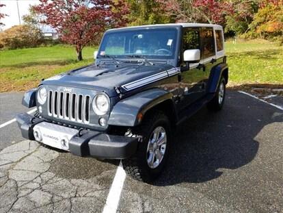 Used 2017 Jeep Wrangler JK Unlimited For Sale at Elmwood