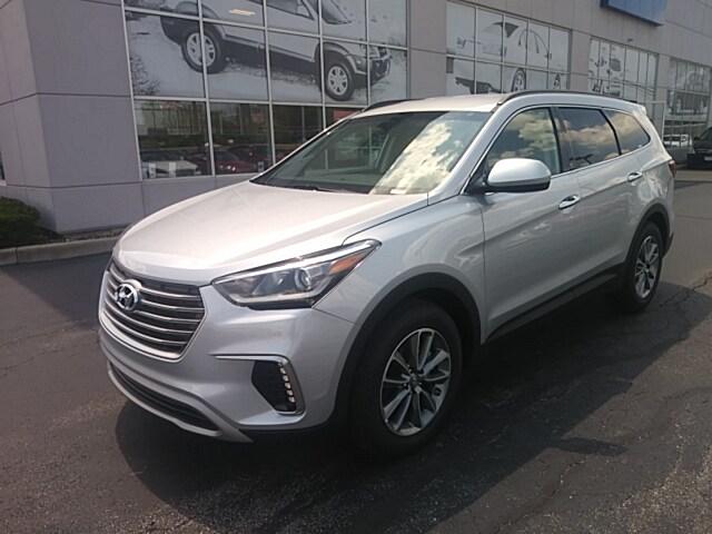 2020 Hyundai Santa Fe SE 2.4 SUV near Cleveland, OH