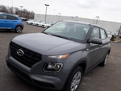 New 2020 Hyundai Venue SE SUV in Elyria, OH
