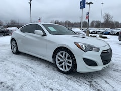 2013 Hyundai Genesis Coupe 2.0T Coupe near Cleveland, OH