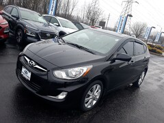 2012 Hyundai Accent SE Hatchback near Cleveland, OH