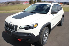 New 2019 Jeep Cherokee TRAILHAWK ELITE 4X4 Sport Utility in Springville, NY