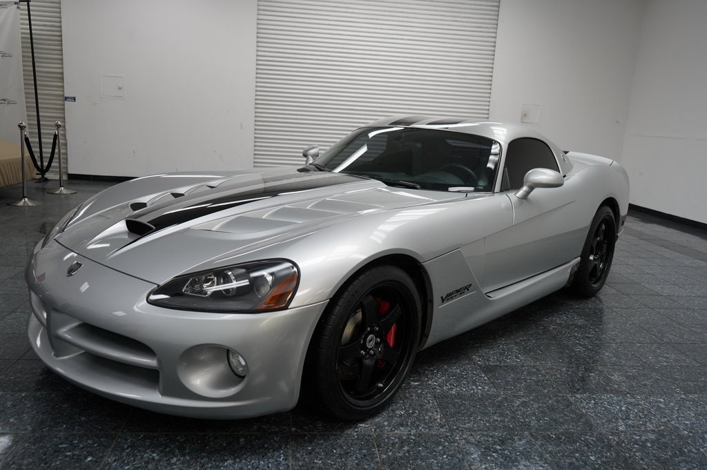Bright Silver 2009 Dodge Viper SRT10 *10th Vipers Owners