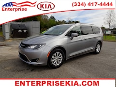 2018 Chrysler Pacifica Touring L Van for sale near montgomery