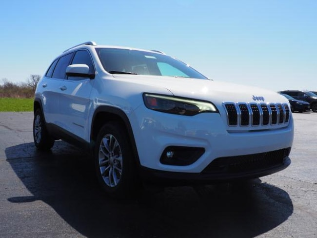 2019 Jeep Cherokee LATITUDE PLUS FWD Sport Utility for sale in Troy OH