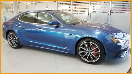 2020 Maserati Ghibli S GRANSPORT | COLD WTHR | SPECIAL PAINT | $8K OPTS