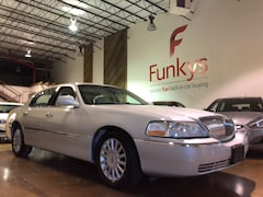 2005 Lincoln Town Car Signature Sedan for sale near Columbus, OH