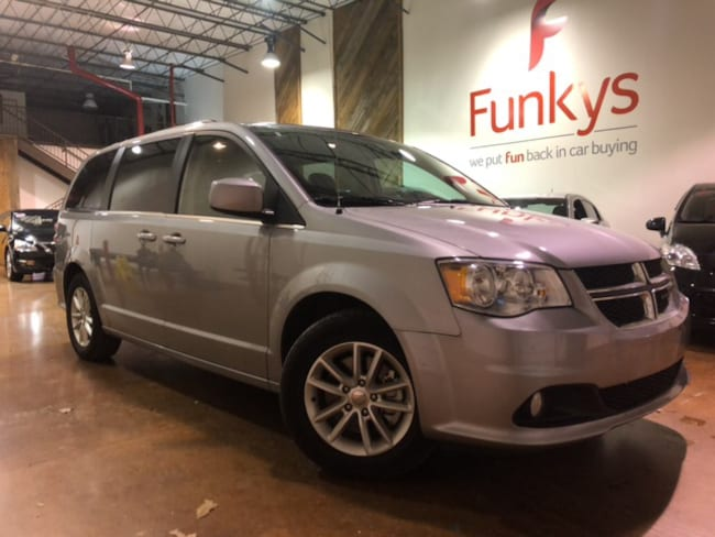 Used 2018 Dodge Grand Caravan SXT Van Regular For Sale Grove City, OH