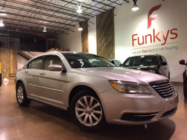 Used 2011 Chrysler 200 Touring Sedan For Sale Grove City, OH