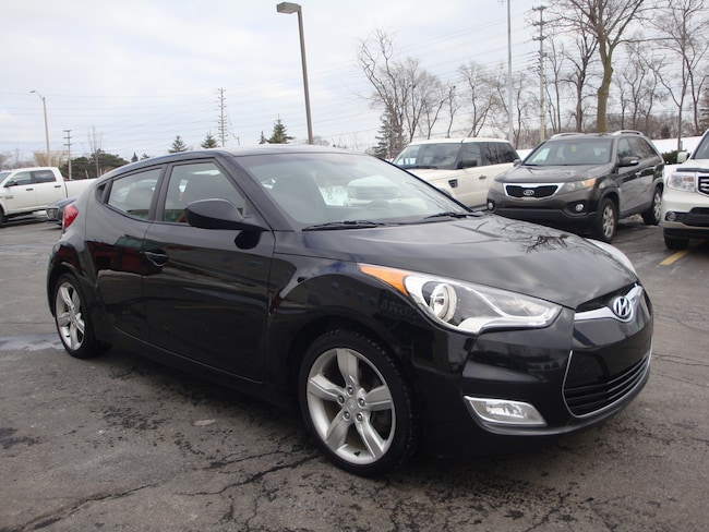 2013 Hyundai Veloster BACK-UP CAM / HEATED SEATS Hatchback