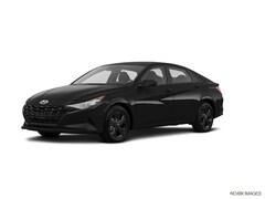 New 2022 Hyundai Elantra SEL Sedan in Countryside, IL