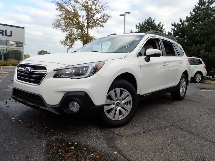 Used 2018 Subaru Outback 2.5i Premium SUV For Sale in Skokie, IL