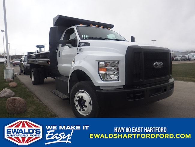 2018 Ford Super Duty F-650 Straight Fram Reg Cab MediumDuty Trucks