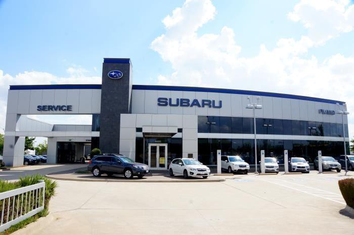 Ewing Subaru Front with Service Entry