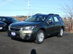 New 2019 Subaru Outback 2.5i SUV in Stratham, NH