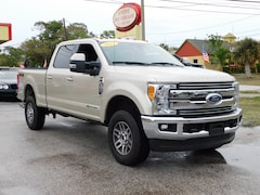 2017 Ford F-350 Lariat **DIESEL**CLEAN CARFAX! ONE OWNER!** Crew Cab