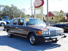 1977 Mercedes-Benz 200 Series 280SE Sedan