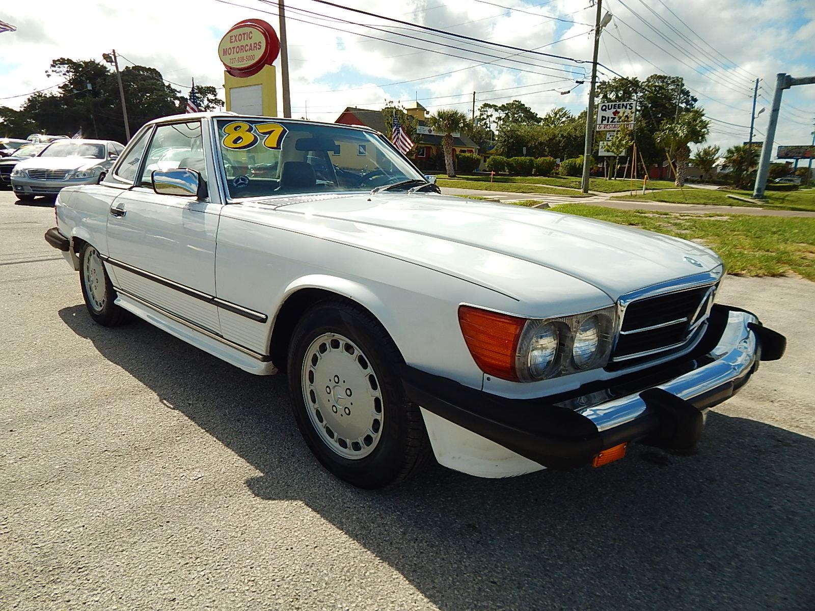 1987 Mercedes-Benz 560-SL Convertible
