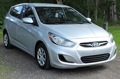 2014 Hyundai Accent All Equipped/Heated Seats/Climate Control Hatchback