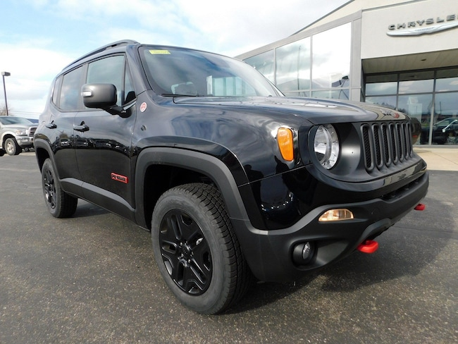 New 2018 Jeep Renegade TRAILHAWK 4X4 Sport Utility in Muncy