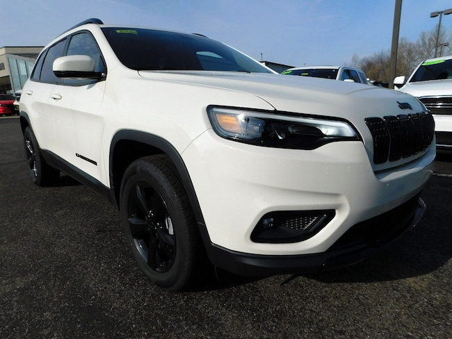 New 2019 Jeep Cherokee Altitude Altitude 4x4 in Muncy