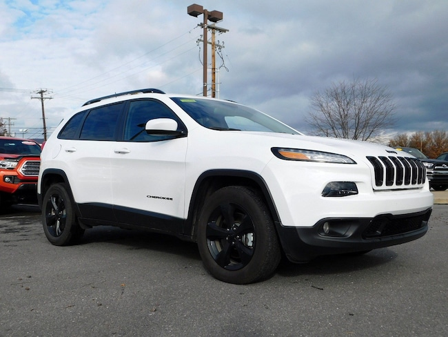Used 2018 Jeep Cherokee Latitude 4x4 SUV in Muncy