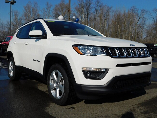 New 2019 Jeep Compass LATITUDE 4X4 Sport Utility in Muncy