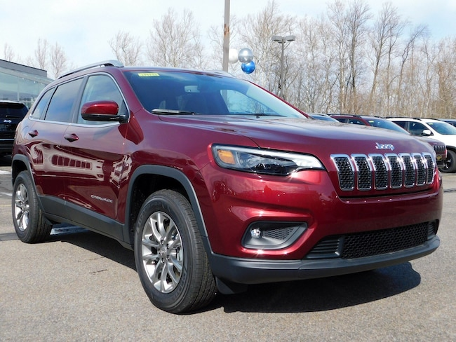 New 2019 Jeep Cherokee LATITUDE PLUS 4X4 Sport Utility in Muncy