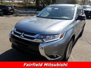2018 Mitsubishi Outlander LE CUV For Sale in Fairfield, CT