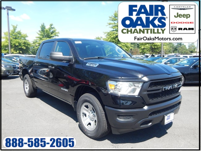 New 2019 Ram 1500 TRADESMAN CREW CAB 4X4 5'7 BOX Crew Cab for sale/lease Chantilly, VA