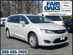 New 2019 Chrysler Pacifica TOURING L Passenger Van 2C4RC1BG0KR667920 in Chantilly, VA