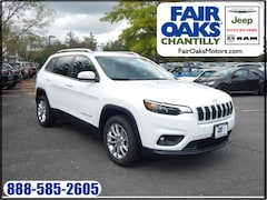 New 2019 Jeep Cherokee LATITUDE FWD Sport Utility 1C4PJLCB1KD308459 in Chantilly, VA