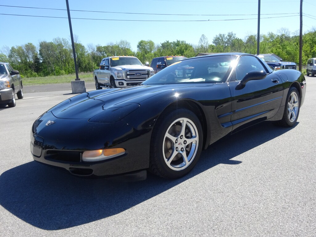 2003 Chevrolet Corvette Base Coupe