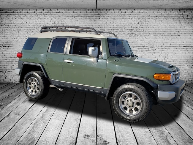 2012 Toyota FJ Cruiser 4x4 AT SUV