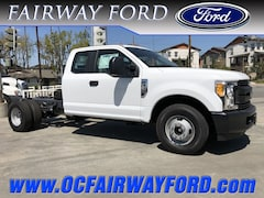 2017 Ford F-350 Chassis LARIAT 2WD Truck Super Cab