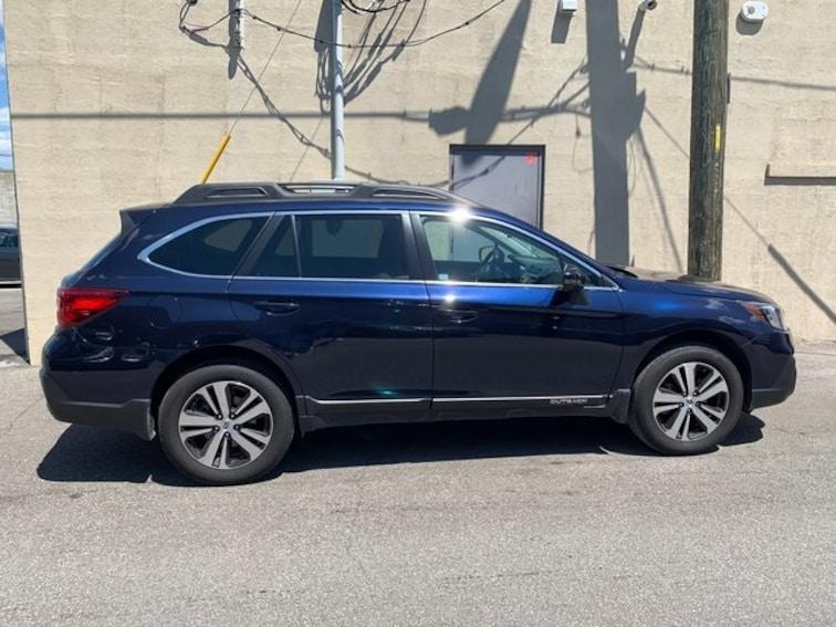 Used 2018 Subaru Outback 2.5i SUV in Indianapolis