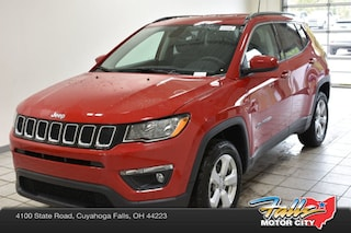 New 2019 Jeep Compass LATITUDE 4X4 Sport Utility 3C4NJDBB0KT601004 for Sale in Cuyahoga Falls, OH