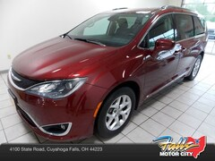 Certified Pre-Owned 2017 Chrysler Pacifica Touring-L Plus Van for sale in Cuyahoga Falls, OH