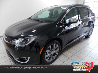 New 2019 Chrysler Pacifica LIMITED Passenger Van 2C4RC1GG6KR673472 for Sale in Cuyahoga Falls, OH