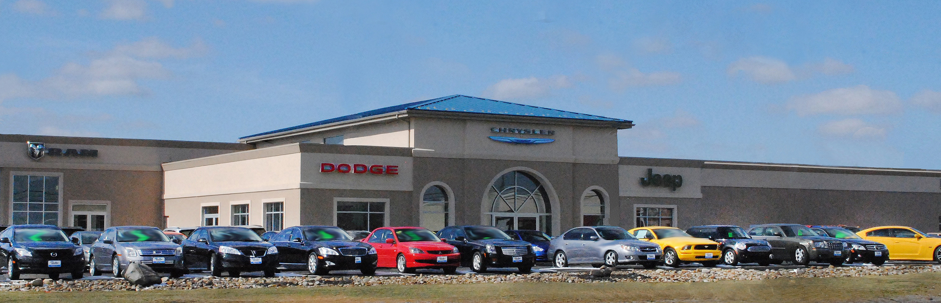 New Chrysler, Dodge, Jeep, Ram & Used Car Dealer in Cuyahoga Falls