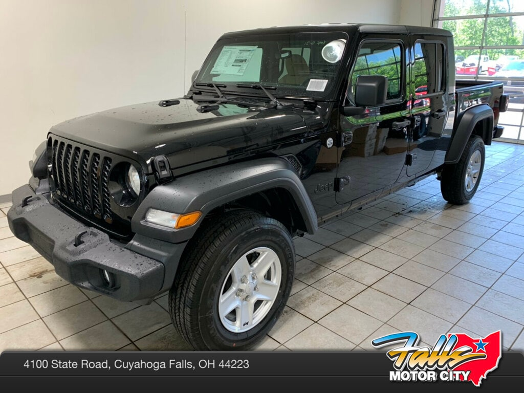 New 2020 Jeep Gladiator SPORT S 4X4 Crew Cab for sale in Cuyahoga Falls, OH