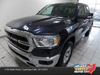 New 2019 Ram 1500 BIG HORN / LONE STAR CREW CAB 4X2 5'7 BOX Crew Cab 1C6RREFG4KN751050 for Sale in Cuyahoga Falls, OH
